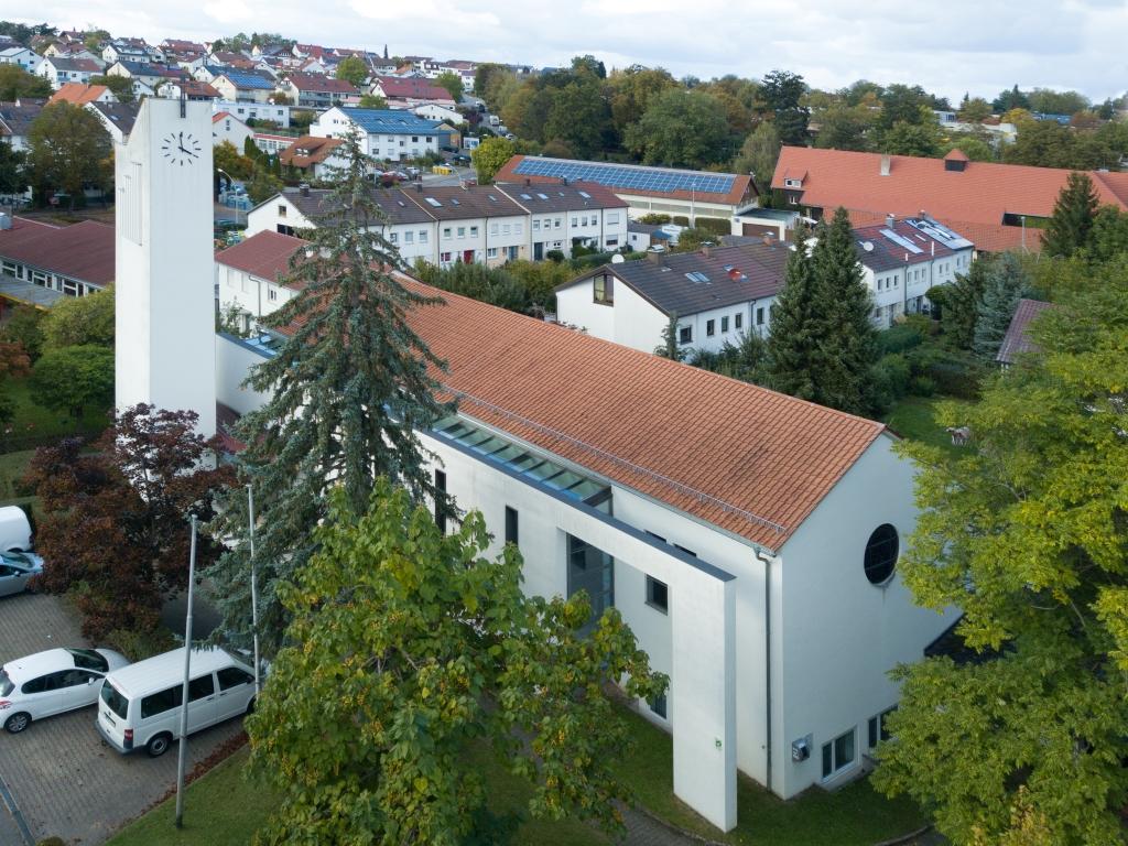 Kirchenansicht Heilig Kreuz, Stetten